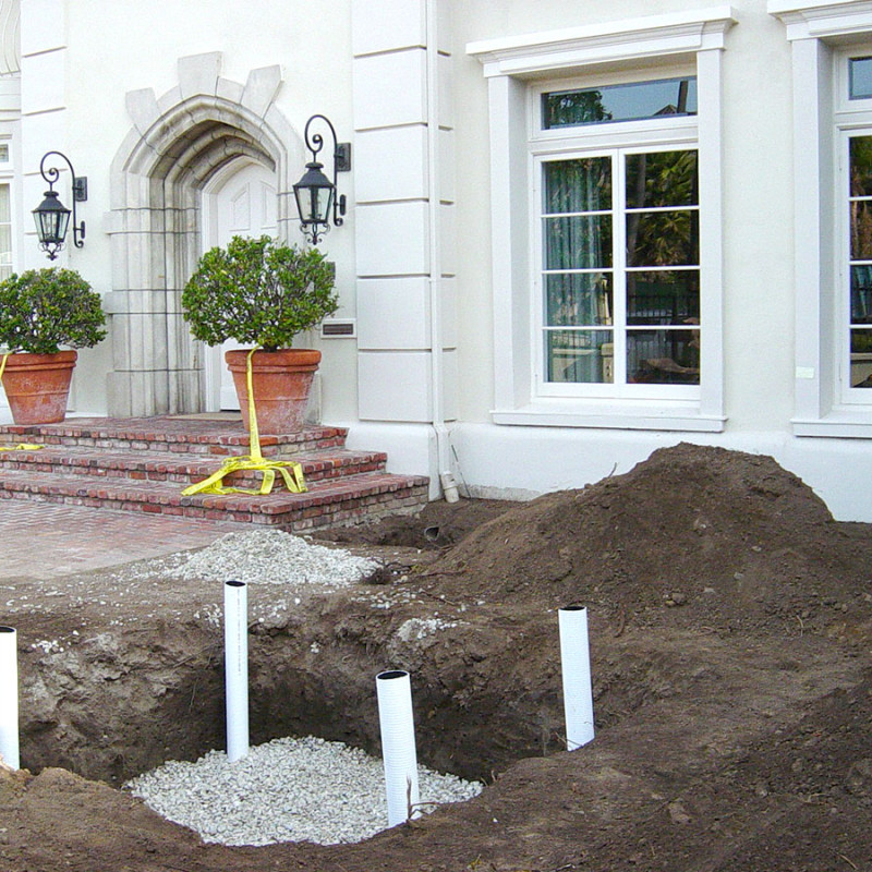 Canon-Drive-Beverly-Hills-Landscaping